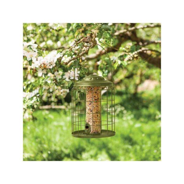 kerti madáretető