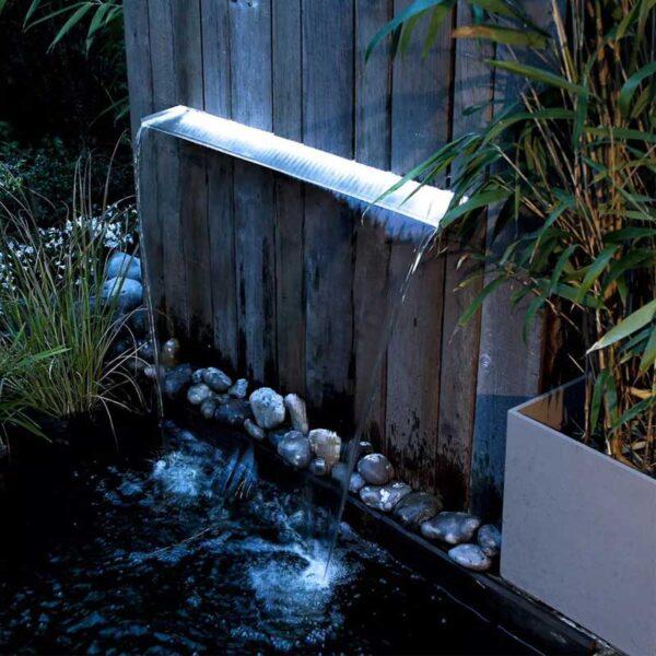 inox vízeséselem led világítással